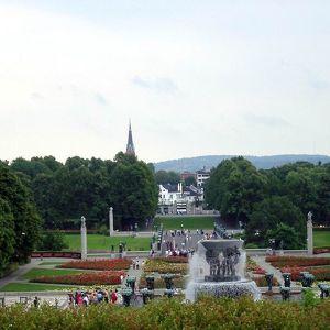 Башенный корпус Монолита в парке скульптур Вигеланда