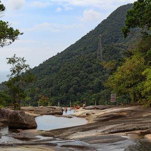Thelaga Tuuguh Waterfall