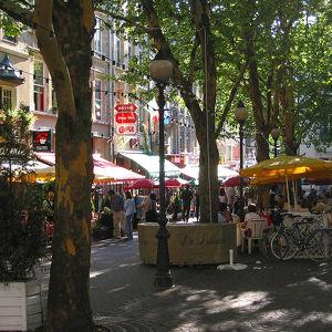 Площадь Place d'Armes