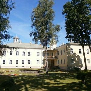 Крустпилсский замок
