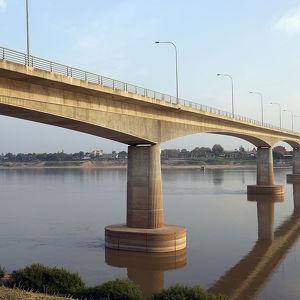 Thai–Lao Friendship Bridge