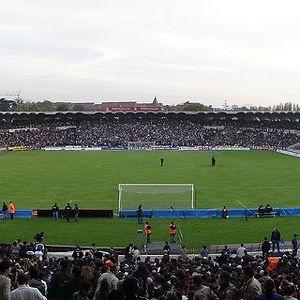 Стадион Чабан-Дельмас