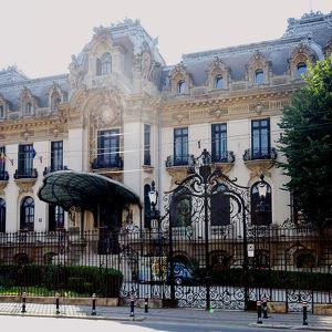 Дворец Кантасузино