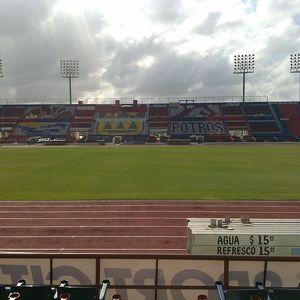 Estadio Andrés Quintana Roo