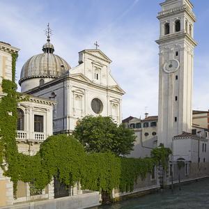 Падающая башня в Венеции