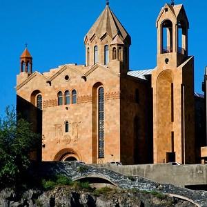 Викариальная церковь Сурб Саргис