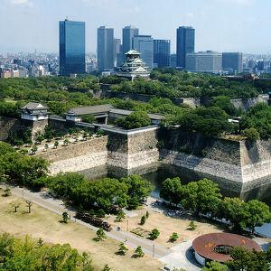 Парк замка Осаки