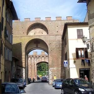 Городские стены Сиены