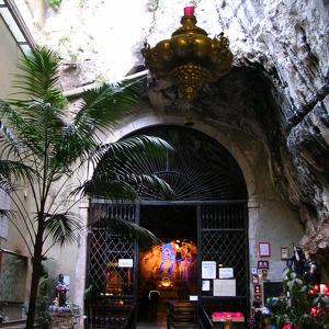 Скальная церковь Святой Розалии